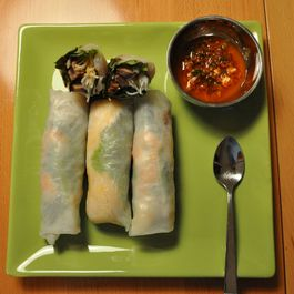 Vietnamese-style Spring Rolls with Korean-style Beef