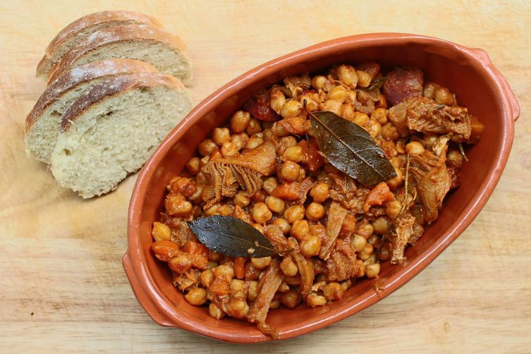 Tripe with chickpeas and chorizo