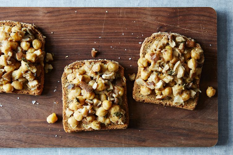 Mushrooms and Garbanzos on Toast with Cider and Thyme
