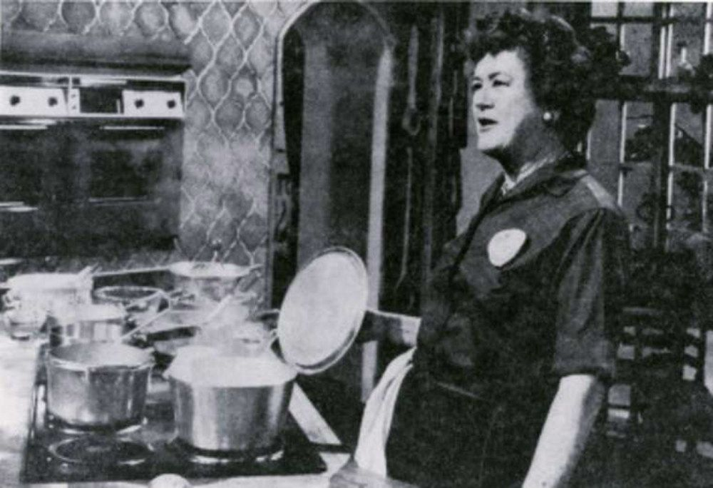 The video that shows a different side of julia child - Julia child cooking show ...