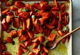 3fac0a43 22c1 4a00 abcb 05224d3e9392  2016 1129 spicy garam masala roasted carrots james ransom 103
