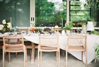 A Farewell-to-Summer Tabletop that Will Carry You Right Into Fall
