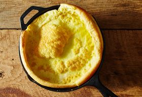 7b2afc8e 35ba 46b4 8caa d8babb1d0890  2014 1219 dutch baby with cranberry orange compote 001