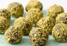 RAW COCOA AND PRUNE TRUFFLES WITH PISTACHIOS