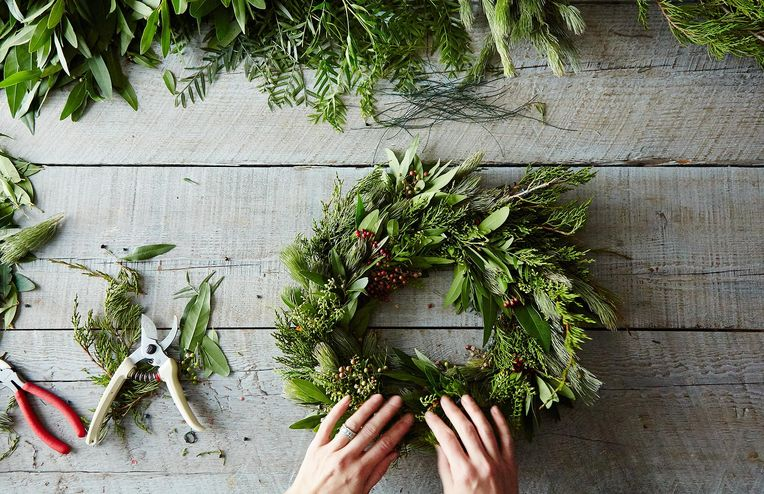 An Endlessly Riff-able Wreath Recipe—Plus, 8 More Ideas