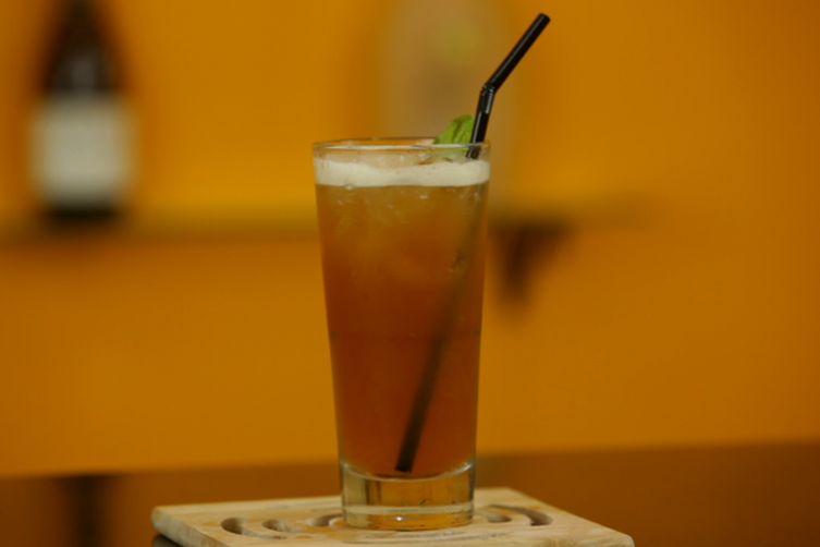 A Summery Peach Iced Tea