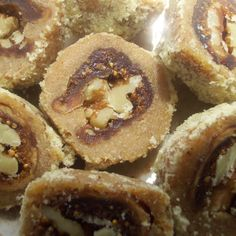 Walnut and fig sweet bites