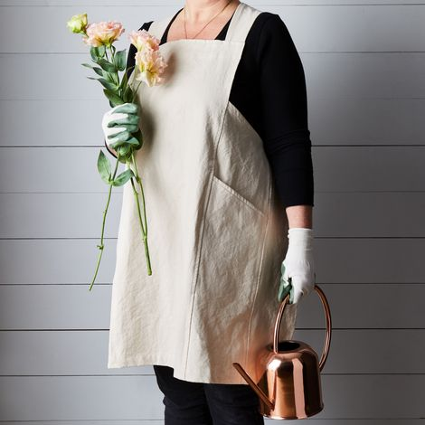 Essential Workshop Apron & Garden Glove Gift Set