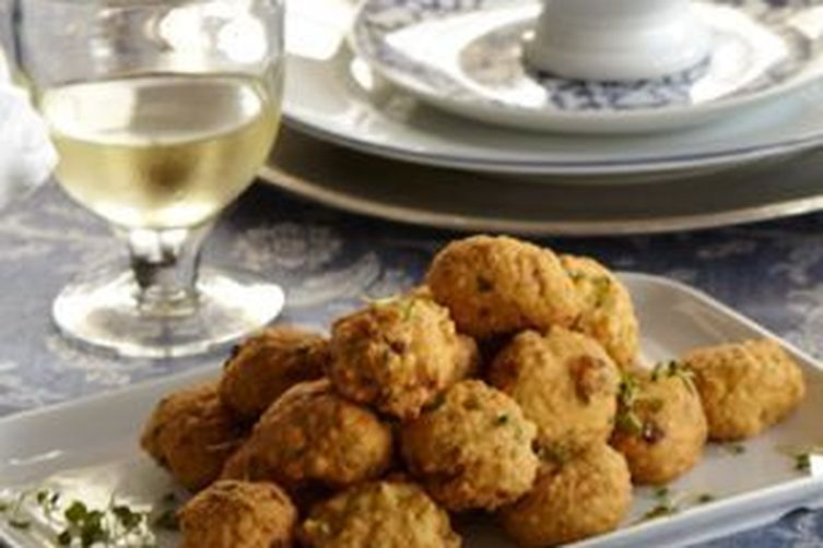 Deep Fried Matzo, Mushrooms and Veggies Balls