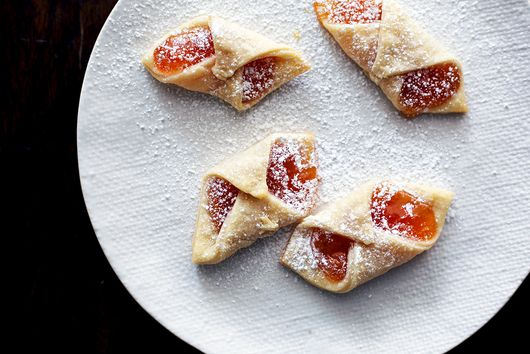 Put Jam in Your Cookies & They'll Look like Pretty Little Jewels