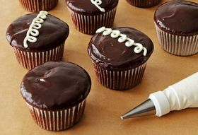 9dac0a41 1e3e 4fba b640 26da0ad263fa  hostess cupcakes
