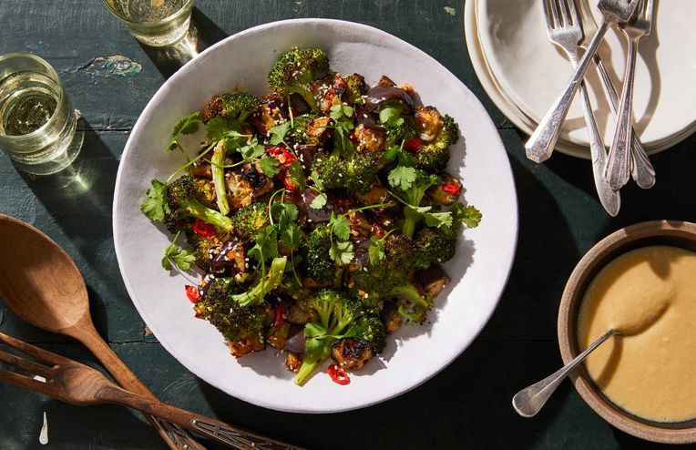 2 Salads So Satisfying, You'll Want to Eat Them for Weeks Straight