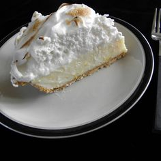 Lemon Meringue Pie; Low Fat, High Taste