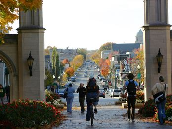 Your Guide to a Fall Weekend in Bloomington, Indiana