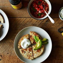 1d62f9c9 5d5f 4727 9126 1ecf67b64e4e  2014 0819 feta quesadillas with pico de gallo and avocado 015