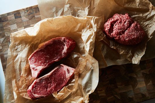 The Absolute Best Way to Defrost Meat, According to the King of Frozen Steak