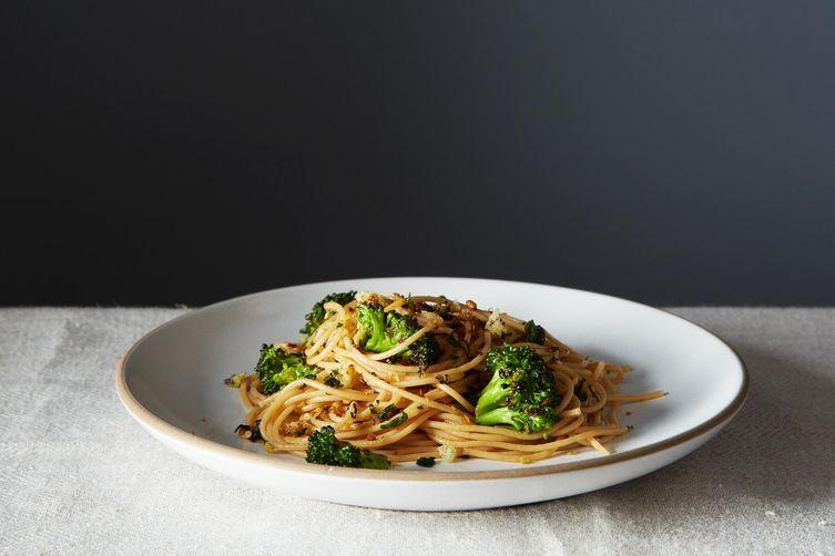 Spaghetti Aglio e Olio with Broccoli