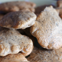 Vanilla Tea & Sesame Seed Bread Bites