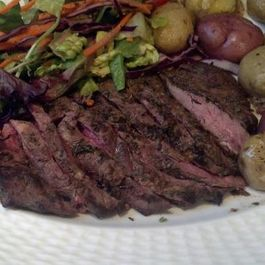 4a3e3936 789d 4d77 868d e60ced0d3385  garlic and herb marinated flat iron steak