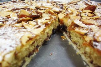 61c62a5e 7c3d 4ae7 851e 1216122f3f6e  bakewell almond tart