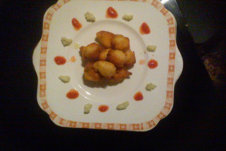 FISH BALLS WITH COCANUT AND TOMATO CHATNEYS