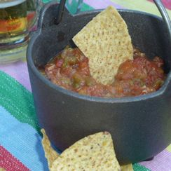 Roasted Hatch Green Chile and Tomato Salsa