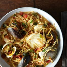 How to Make Fideos without a Recipe