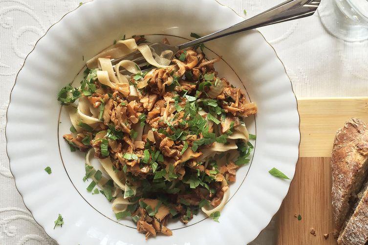 Tagliatelle with wild chanterelle mushroom