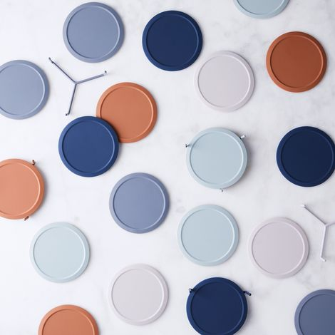 Minimalist Silicone Coasters & Stand (Set of 6)