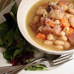White Bean & Garlic Soup