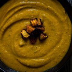 Butternut Squash Lentil Soup with Garlic & Sea Salt Pita Chips