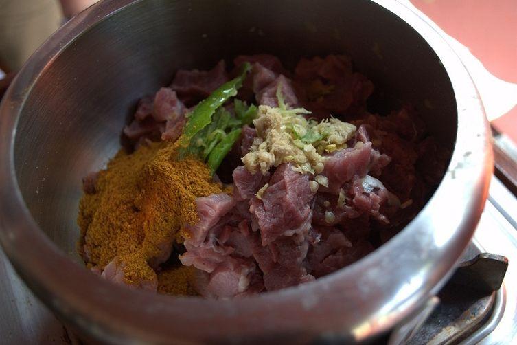 Beef coconut fry (Beef Ularthiyathu)