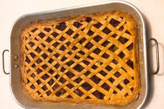Meggyes Pite (Hungarian Sour Cherry Pie)