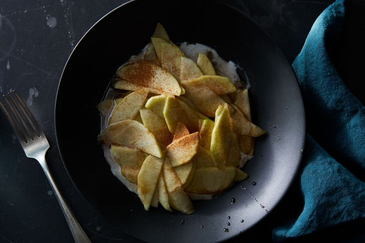 Brown-Sugared Apples & Cream