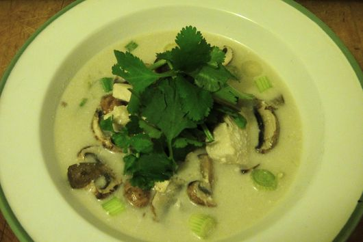 Hot and Sour Coconut Chicken Soup (Tom Kha Kai)