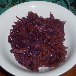 Red cabbage and beet with carrot