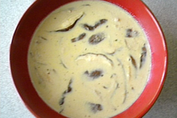 Creamy Mushroom and Swiss Soup