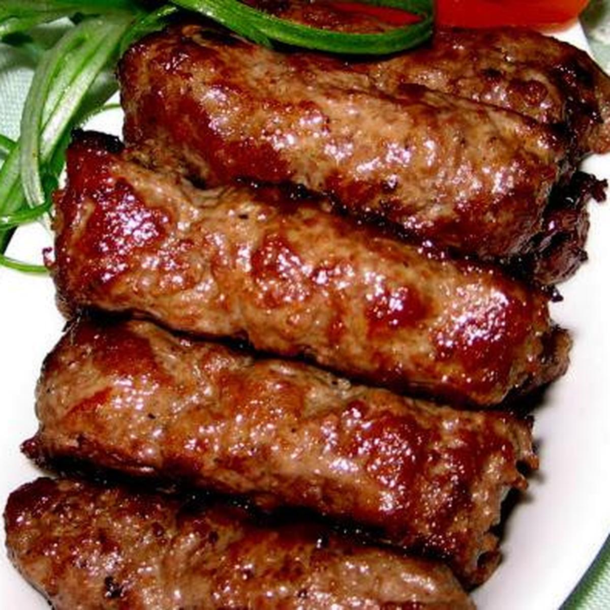 Mititei Spicy Garlicky Grilled Sausages