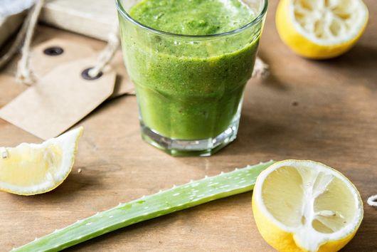 Healing green SMOOTHIE.