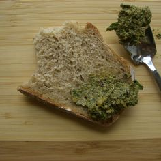 Dandelion Walnut Pesto-Spread