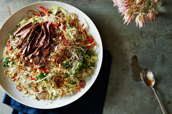83a59e37 c90e 4d2b 868b 2653f673dd73  2016 0531 thai salad with steak peanuts and carrots james ransom 011