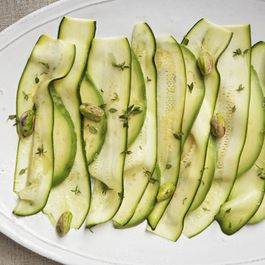 944fe719 78be 425c b193 c45615a06026  food5209 06 065888 zucchini3