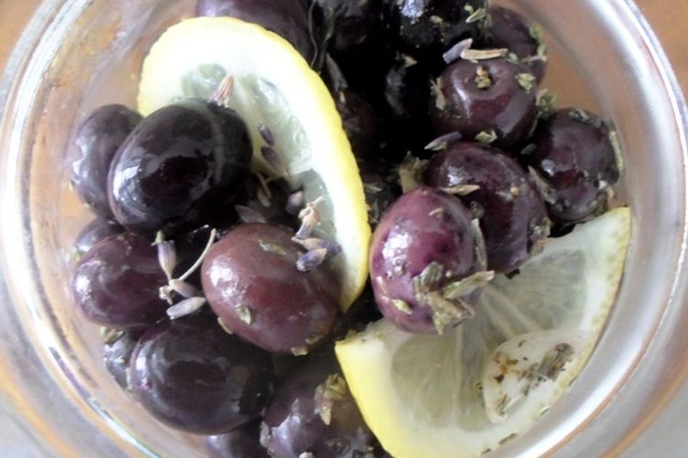 Black Olives marinated with Lavender Blossoms, Garlic and other Herbs