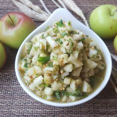 Sweet & Spicy Fresh Apple Chutney