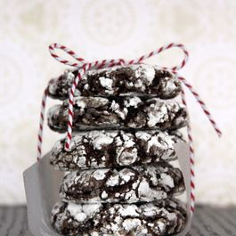 8c187f1a d1b1 436c 979c 276056e13242  double chocolate ginger crinkle cookies