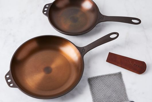 Smithey Cast Iron Cookware Set