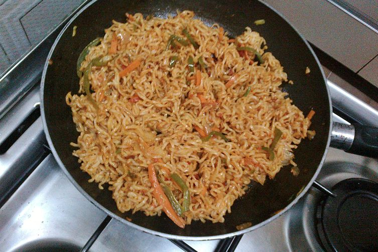 Chatpata indian maggi recipe !
