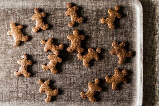 Vegan Gingerbread Cookies (and Baking Tips)