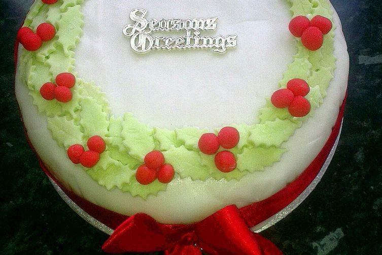Scrumptious Christmas Cake