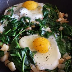 Eggs & Garlic Spinach